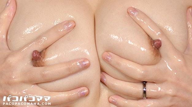 pacopacomama-012514_094-奥さんのおっぱいに射精したいっ 児島麻美さんの場合