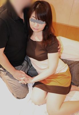 FC2-PPV-1167542-[無修正x個人撮影]寝取られを体験した欲求不満な主婦「もっともっともっと…」求める代償として、旦那に何度も電話をさせてみたら…[#NTR]