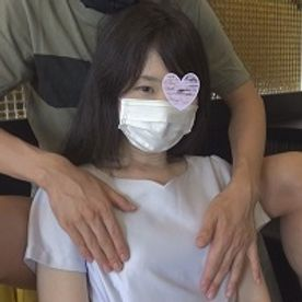 FC2-PPV-1576750-【個人撮影】りかこ28歳 童顔の清楚系スレンダー若妻に大量発射