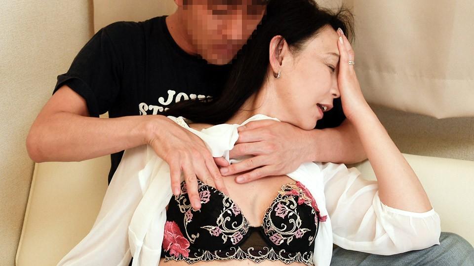 人妻熟女paco-042021-462 甘え上手な酔いどれおばさん