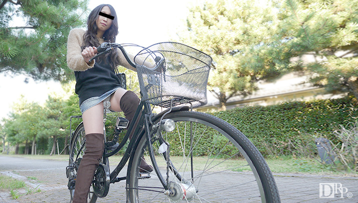 10musume 061116_01 ちゃりん娘 ~見てください!こんなマンコで自転車乗ってます~